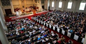 full-church-at-easter-690x353
